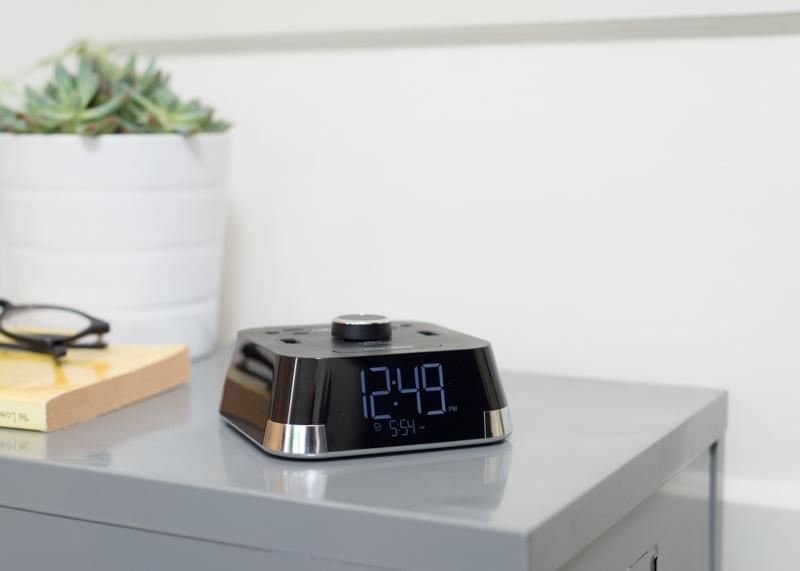 Best Alarm Clock Reviews of 2017 - Reviews.com