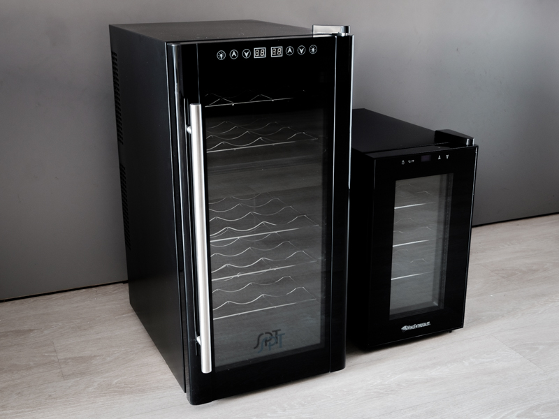 We werenu0027t wrong wine from the larger model set to 60 degrees poured at 60.4 degrees and the smaller model set to 49 degrees was a little off at 51.4 ... & Best Wine Cooler Reviews of 2018 - Reviews.com