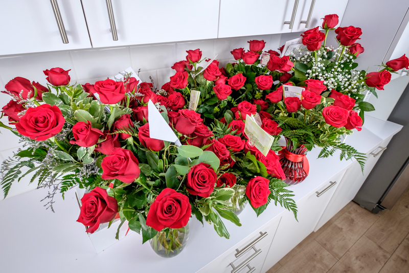 The best online flower delivery services of 2018 reviews group shot of roses mightylinksfo