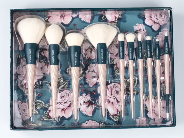 Sonia Kashuk gift for Makeup Brushes