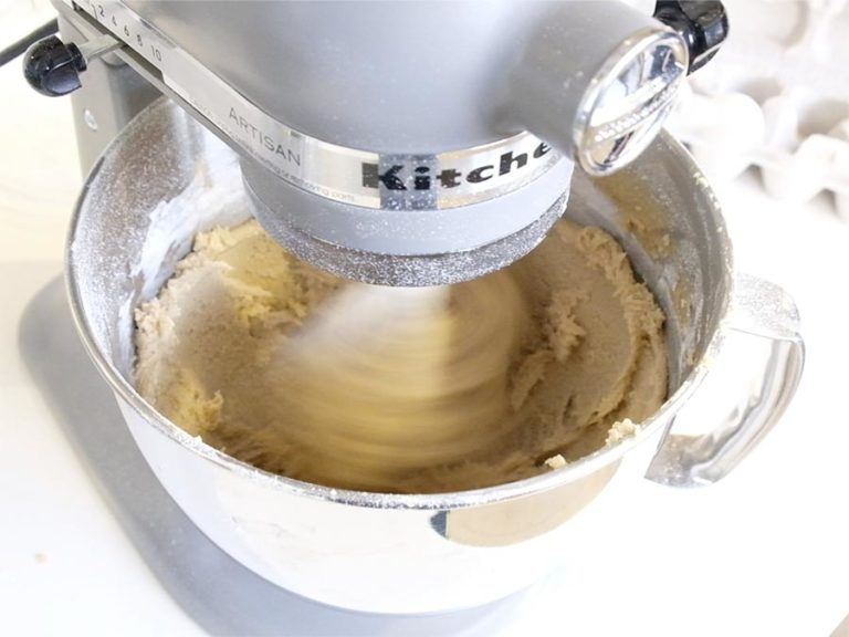 KitchenAid-Cookie-Dough-for-Stand-Mixer