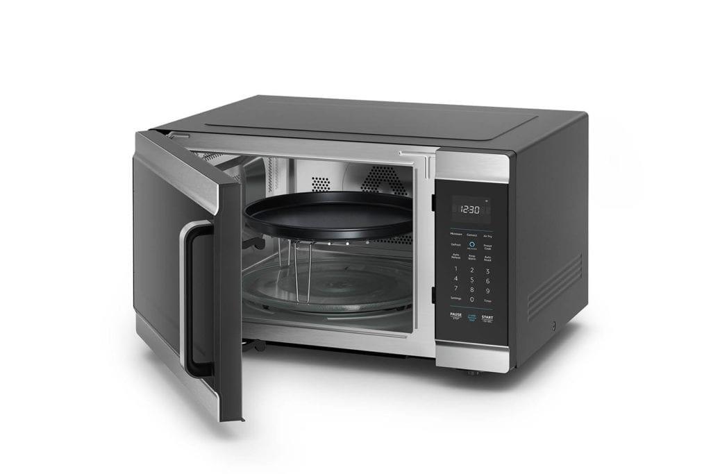Amazon Smart Oven open 1600